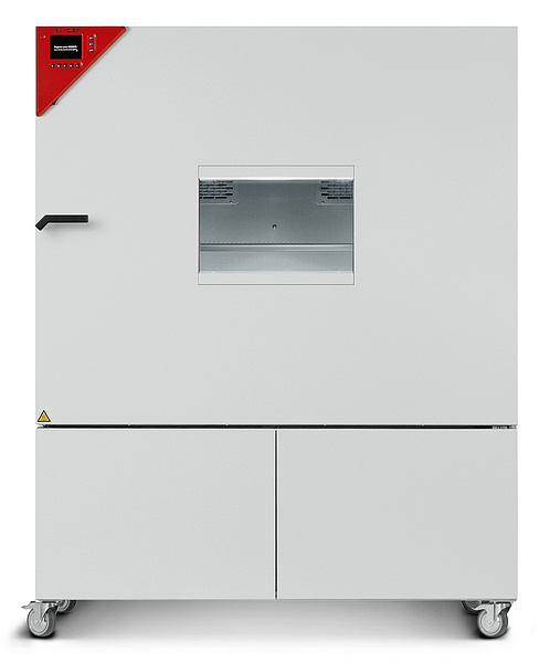 Dynamic climate chambers for rapid temperature changes